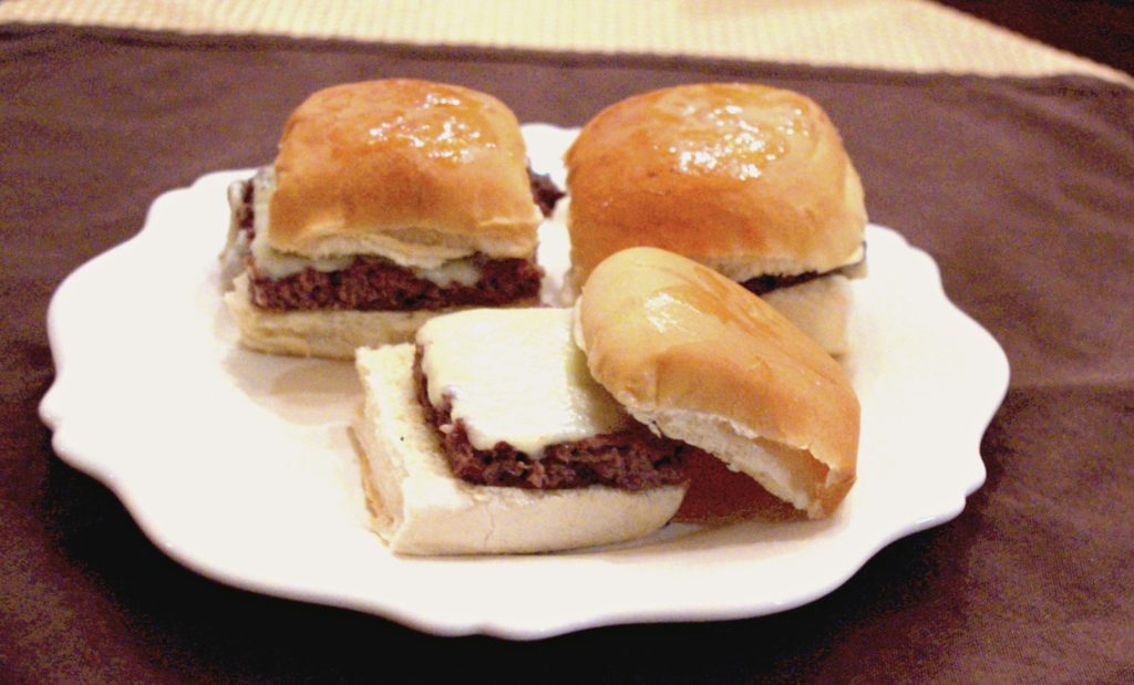 Homemade Sliders | https://dadwhats4dinner.com/